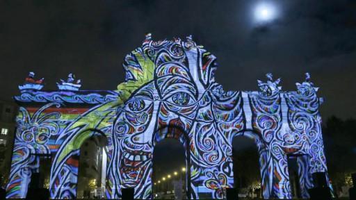 Muro de Berlin em Madrd_w21mercurion
