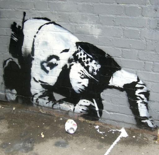 banksy-graffiti-street-art-cop-snorting
