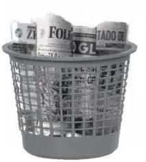 imprensa no lixo